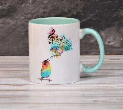 Цветная кружка с изображением внутри и ручка мятные2